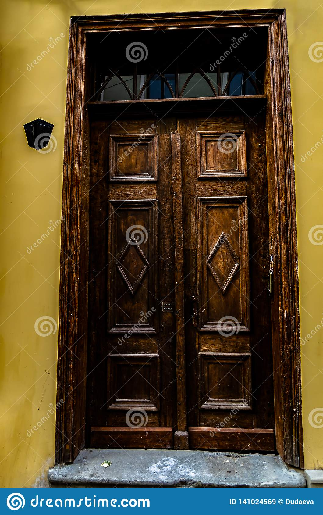 Beautiful Double Carved Wooden Front Doors Stock Image Image Of Europe Grunge 141024569