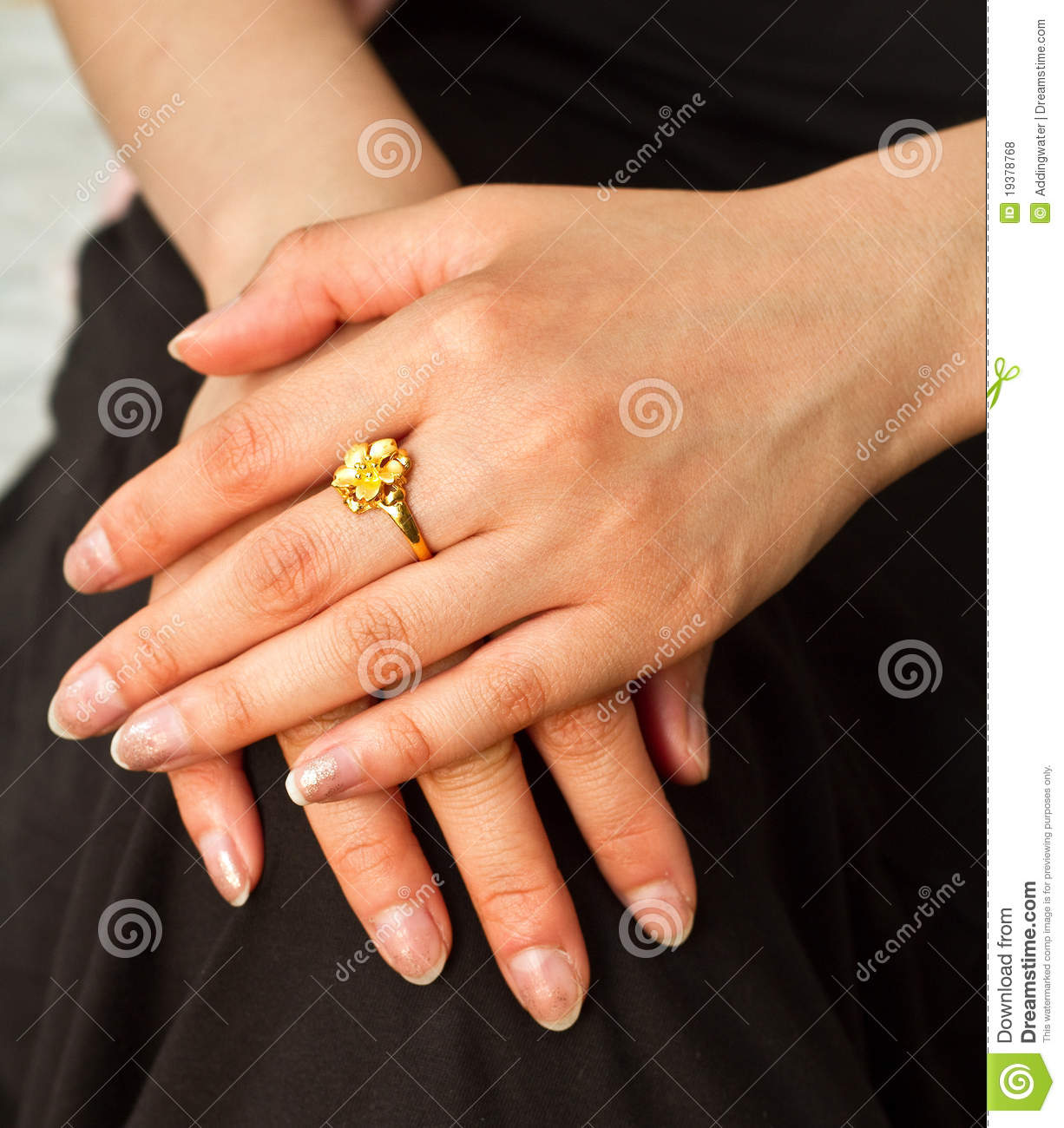 beautiful engagement ring on a s finger royalty