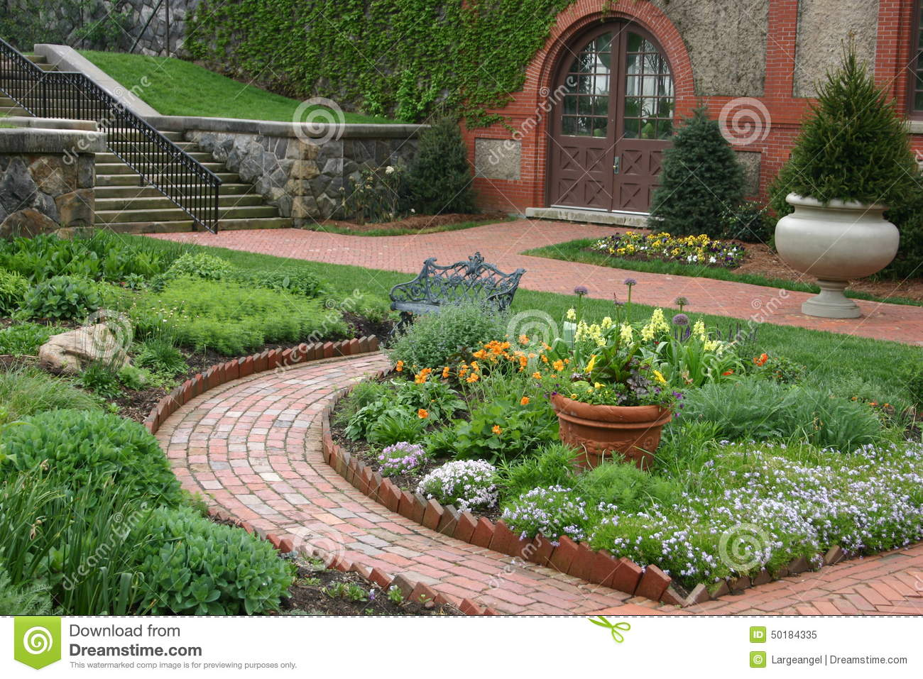 Beautiful English Garden Stock Image Image Of Doors