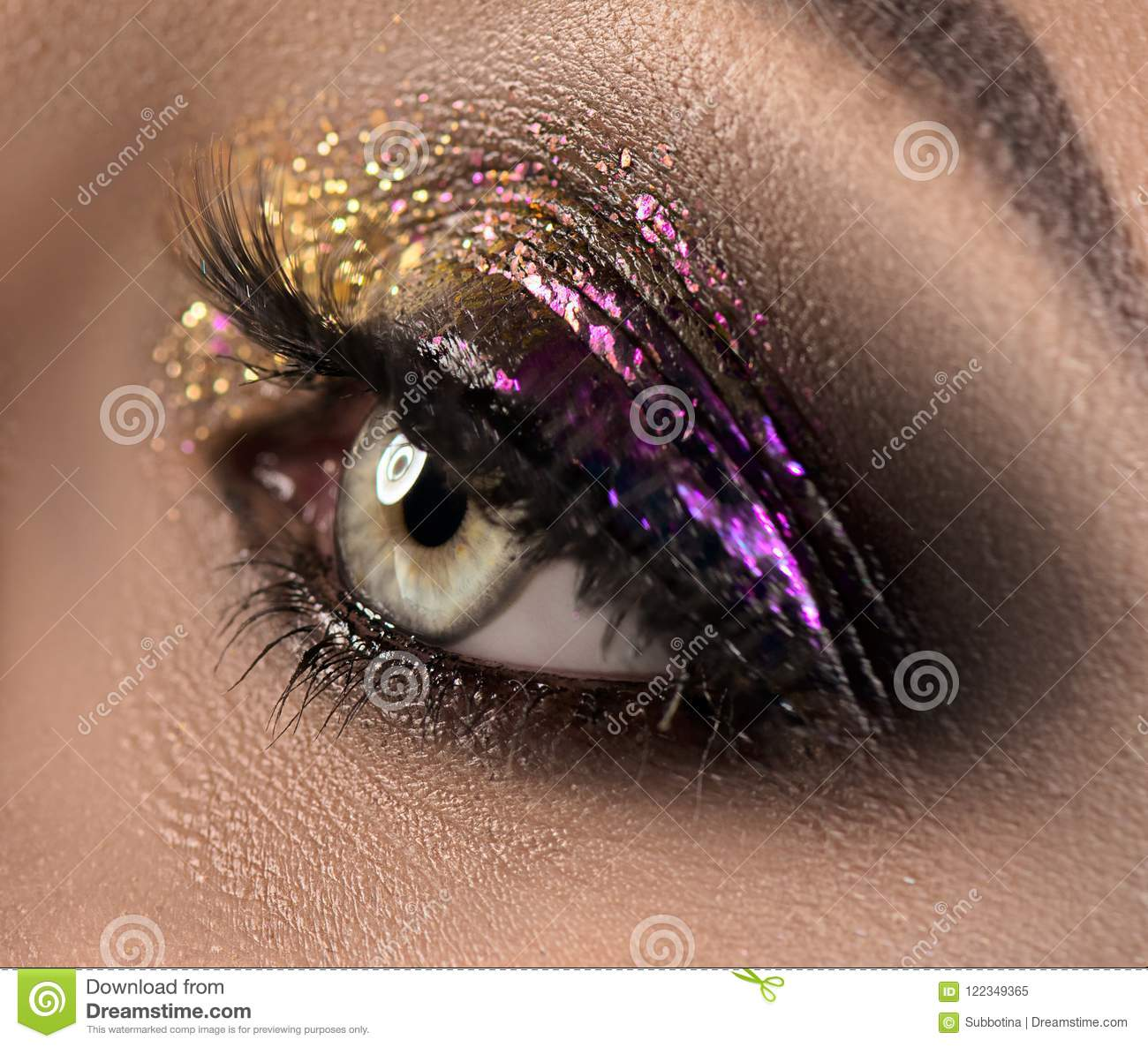 Beautiful Eye Makeup With Colorful Sparks Beauty Bright Fashion