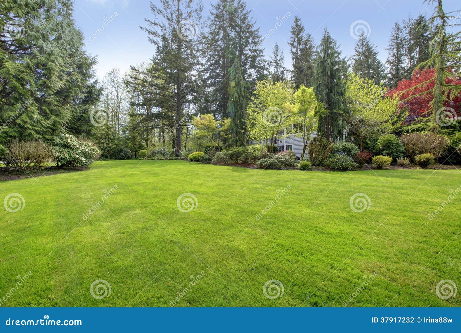 beautiful farm house backyard stock photography image 37917232