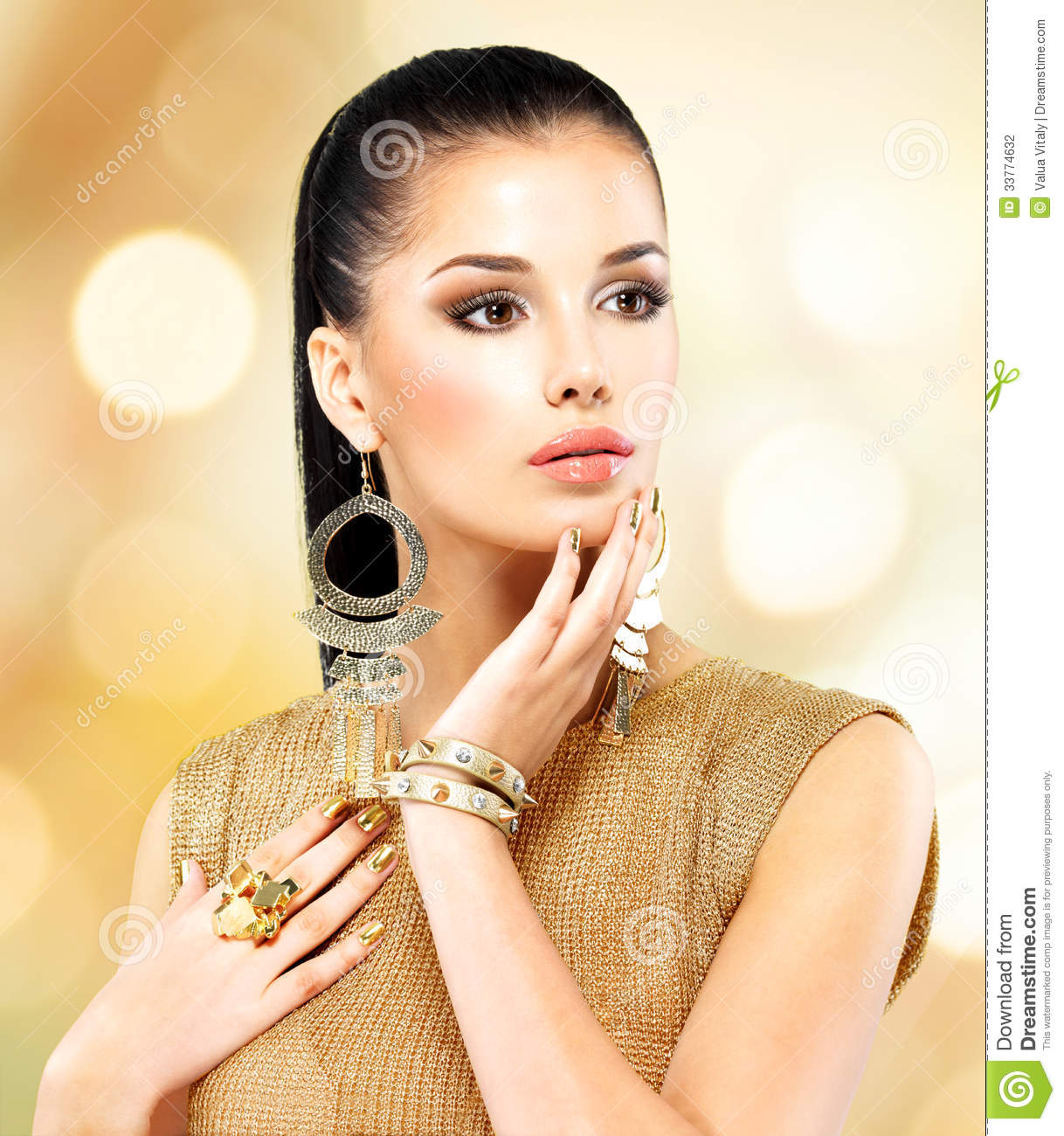 Beautiful Fashion Woman With Black Makeup And Golden ...