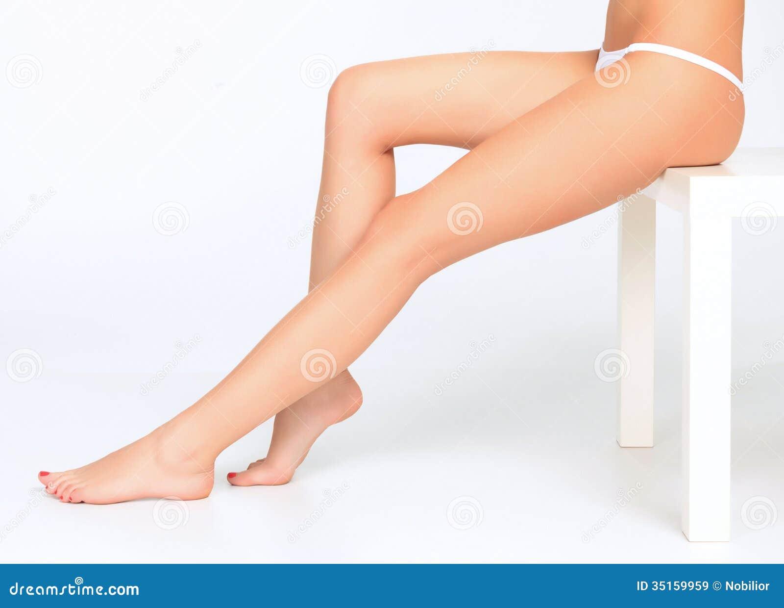 Free Female Legs Pictures 95