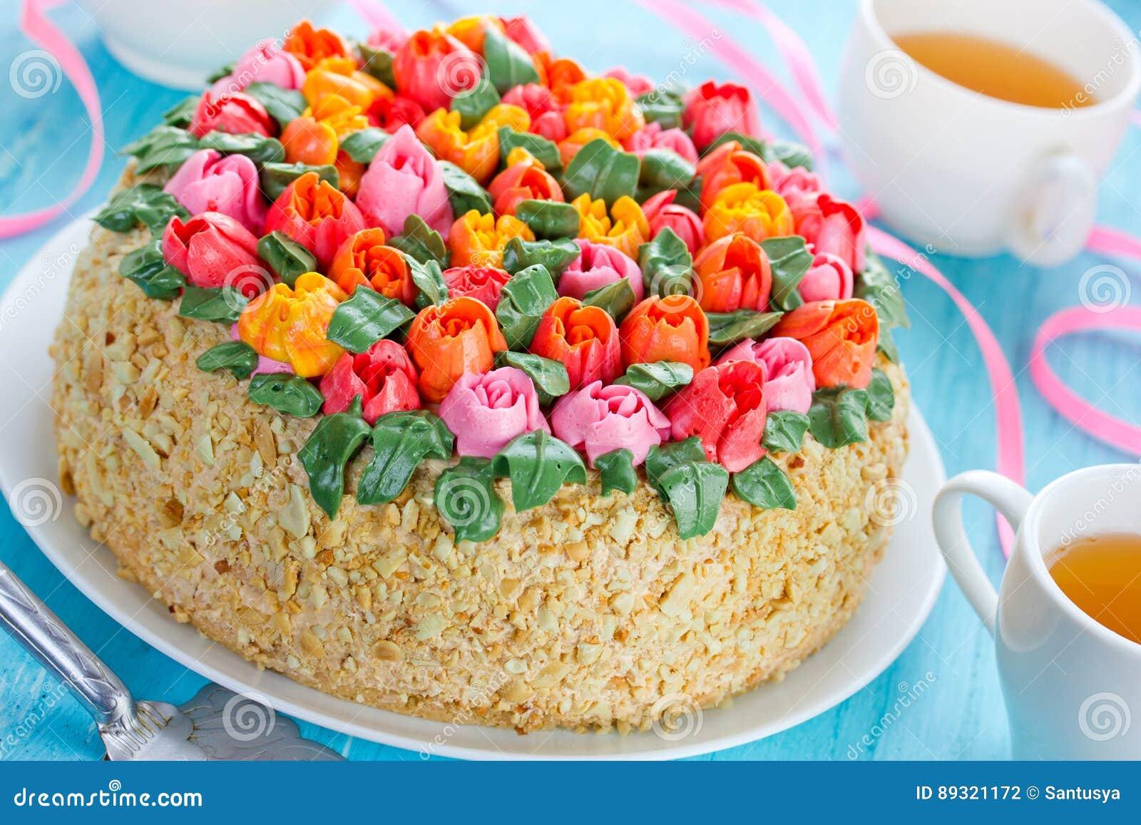 Beautiful flower cake buttercream tulip bouquet cake springti download beautiful flower cake buttercream tulip bouquet cake springti stock photo image of izmirmasajfo