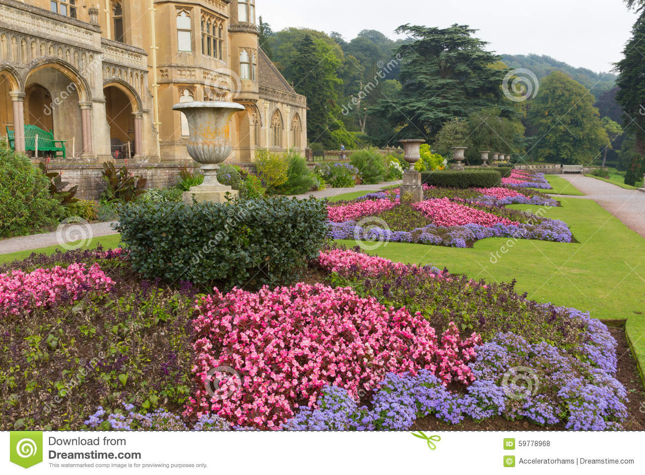Beautiful flower gardens at tyntesfield house near bristol for Classic house with flower garden