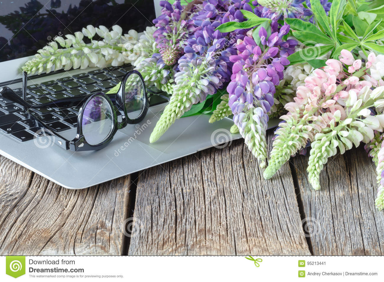 Beautiful flowers and laptop stock image image of online compose beautiful flowers and laptop izmirmasajfo