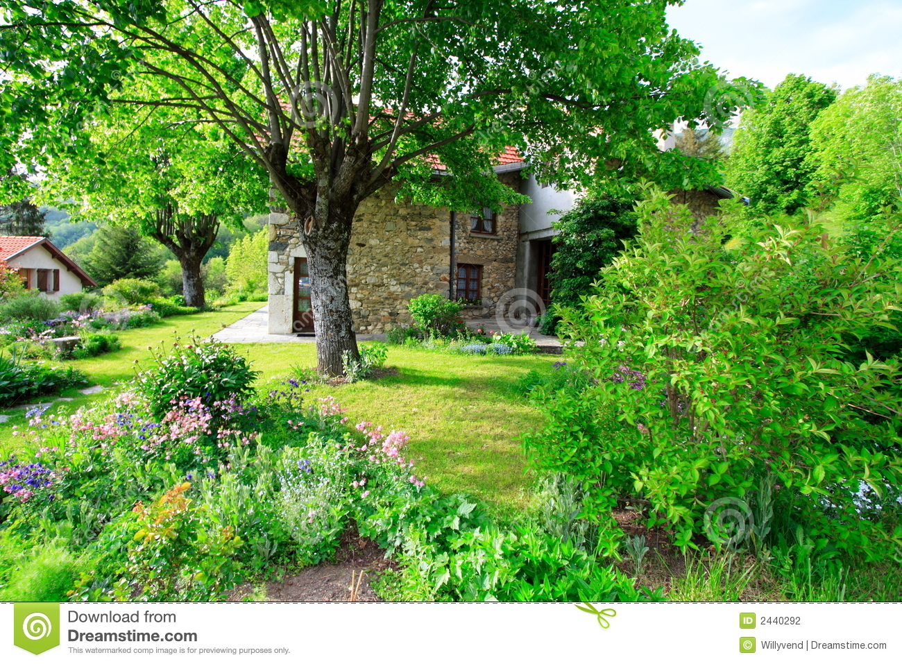 Beautiful french garden stock photo image of historic 2440292 - Countryside dream gardens ...