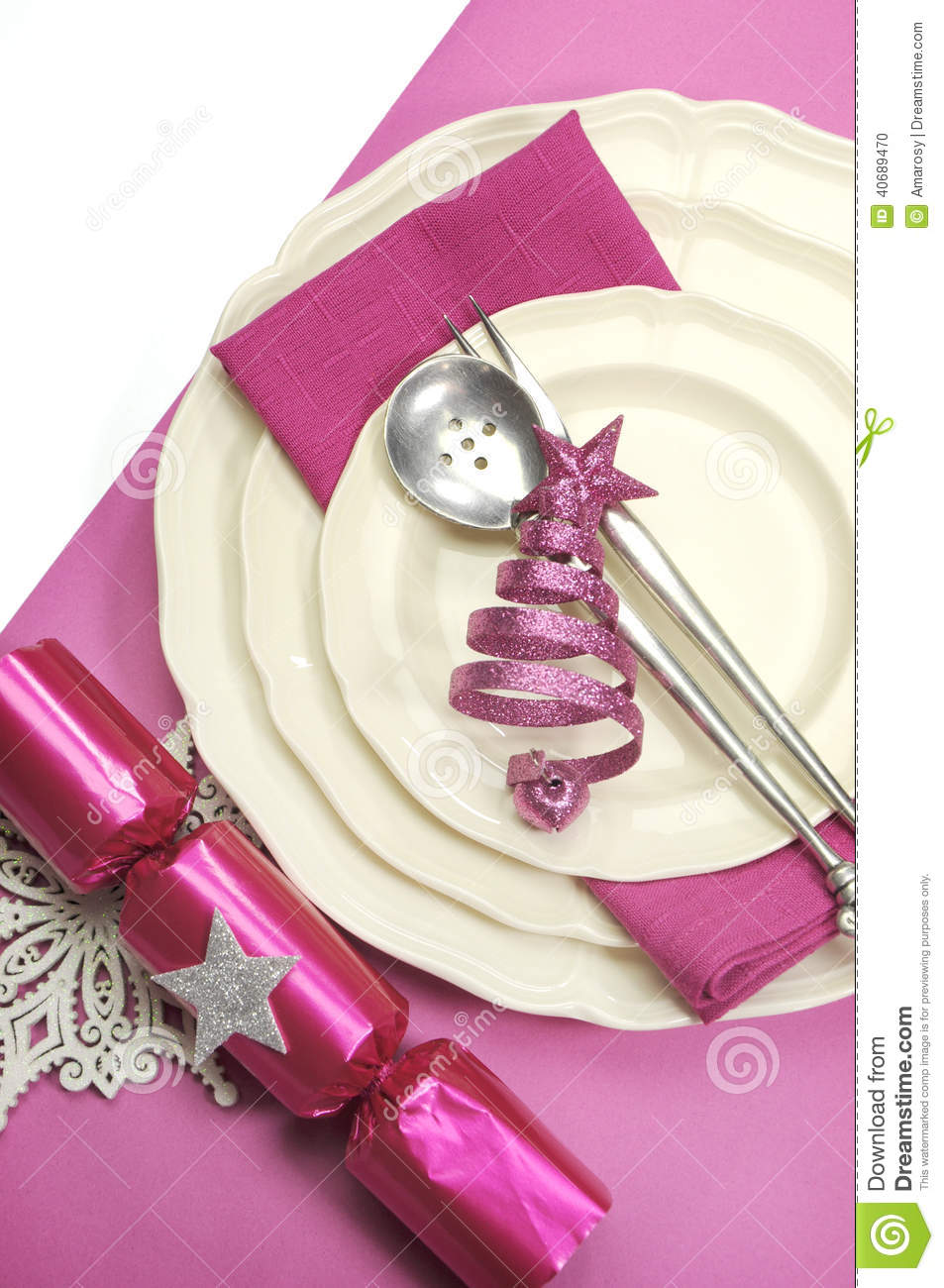Beautiful Fuchsia Pink Festive Christmas Dining Table  : beautiful fuchsia pink festive christmas dining table place setting vertical happy holiday ornaments decorations 40689470 from www.dreamstime.com size 953 x 1300 jpeg 145kB