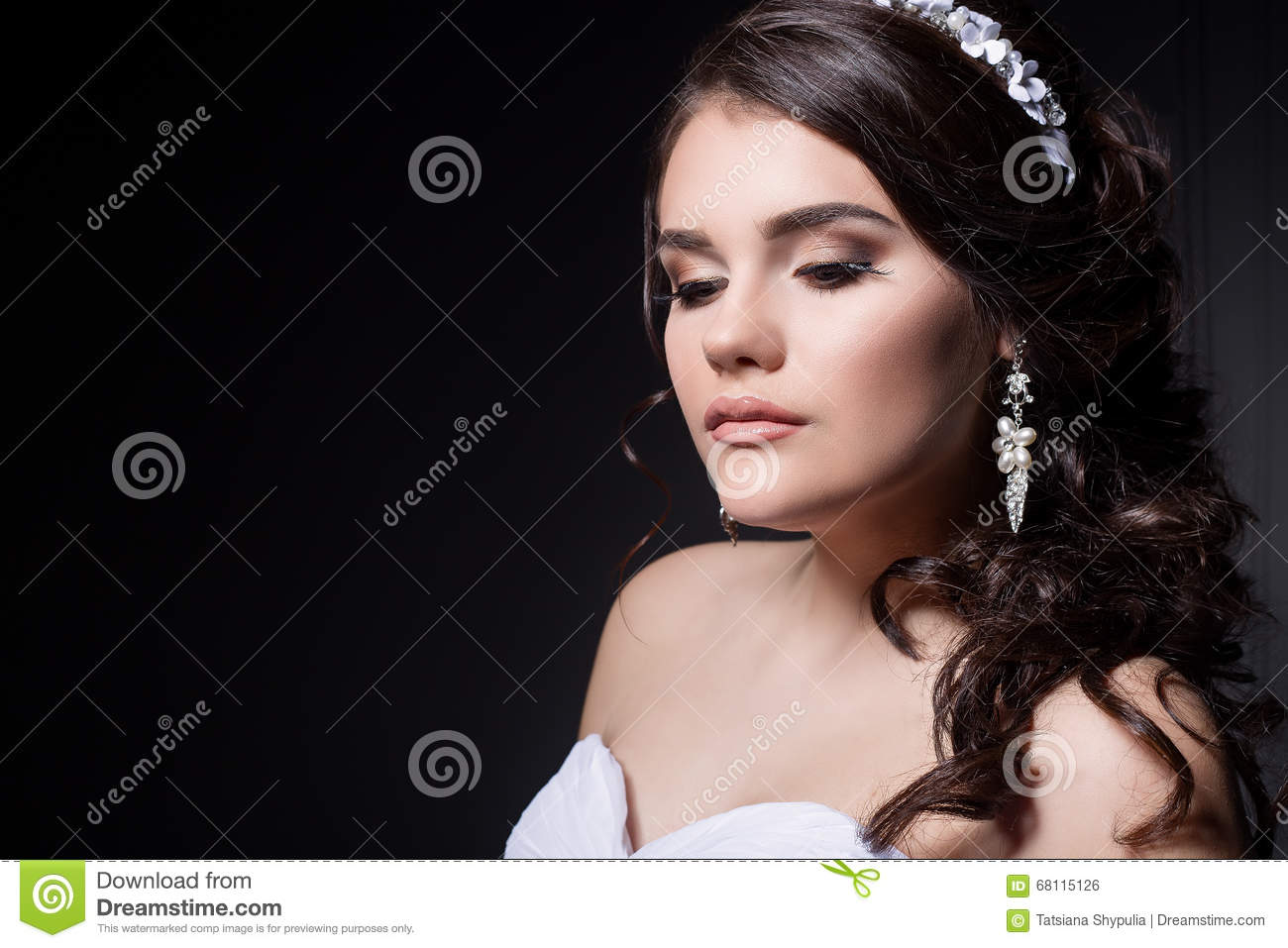 Beautiful Gentle Girl Portraits Of The Bride In A White Wedding