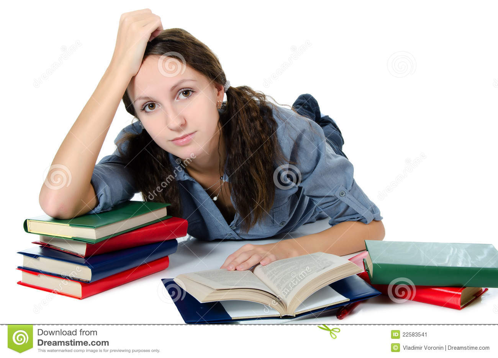 Студентка готовится к сессии 3 фотография