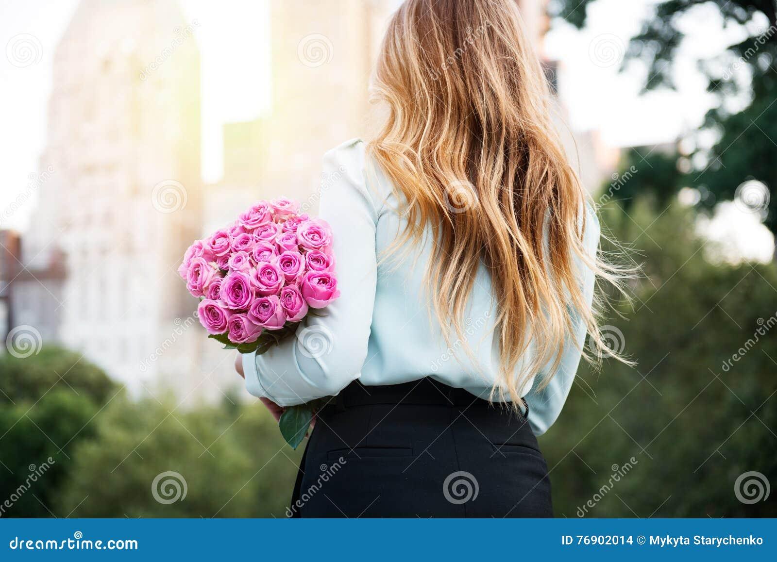 flower dating