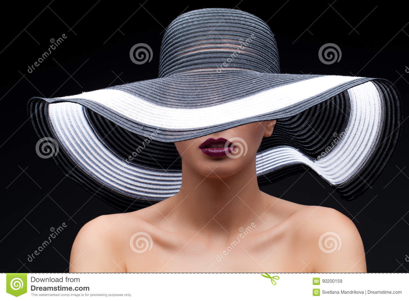 4077eb03668 Beautiful Girl In Large Hat Stock Image - Image of mouth