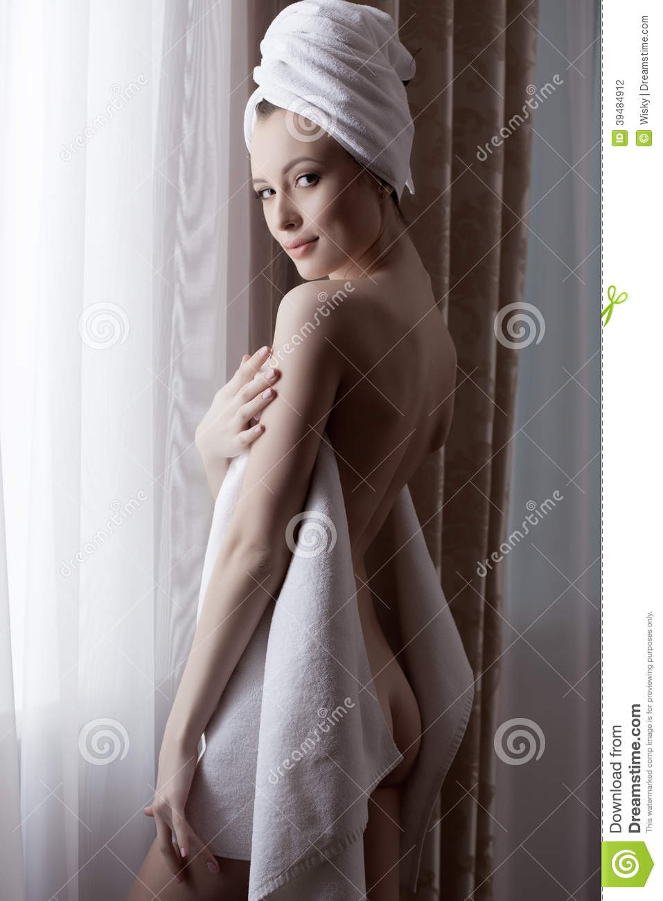 Girl In Towel Got Her Nude