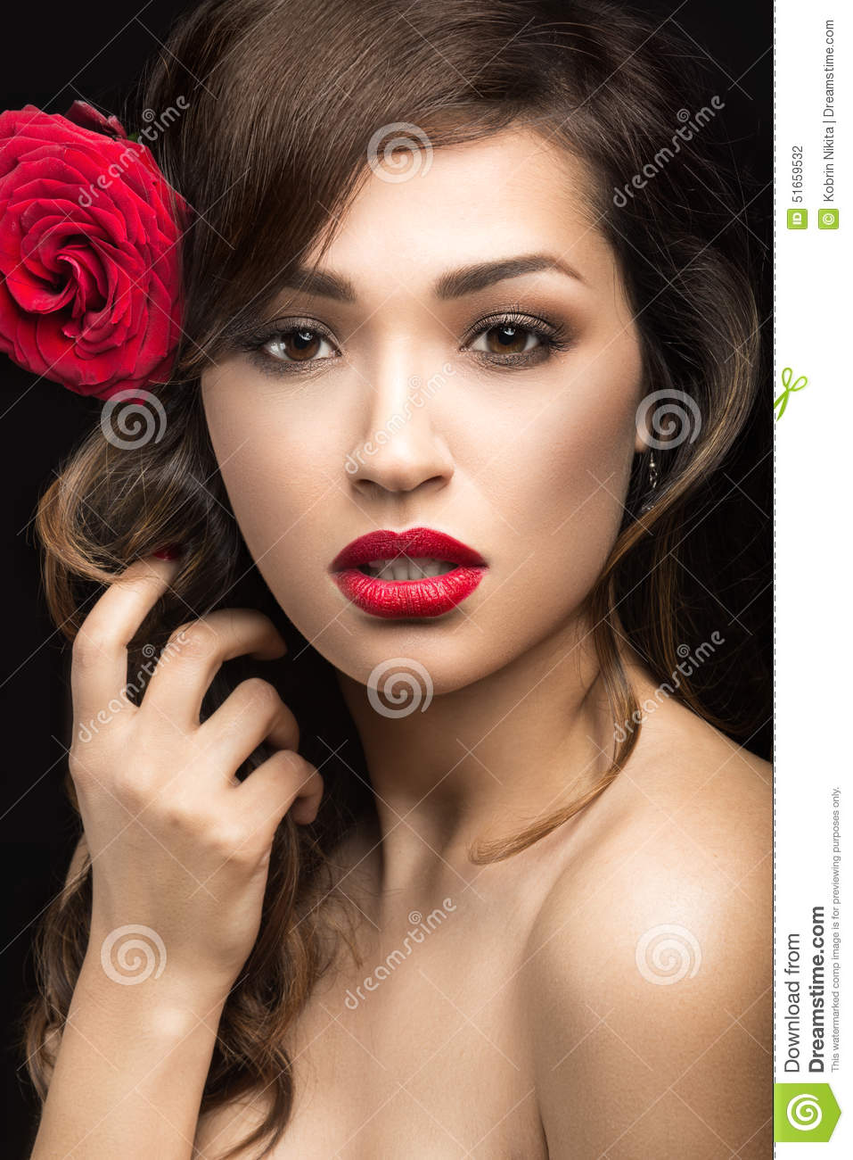 Beautiful Girl In The Spanish Way Of Carmen With Red Lips -3768
