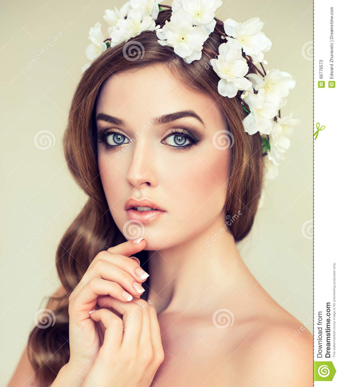 Photo Collection Flowers Girl Wreath Beautiful