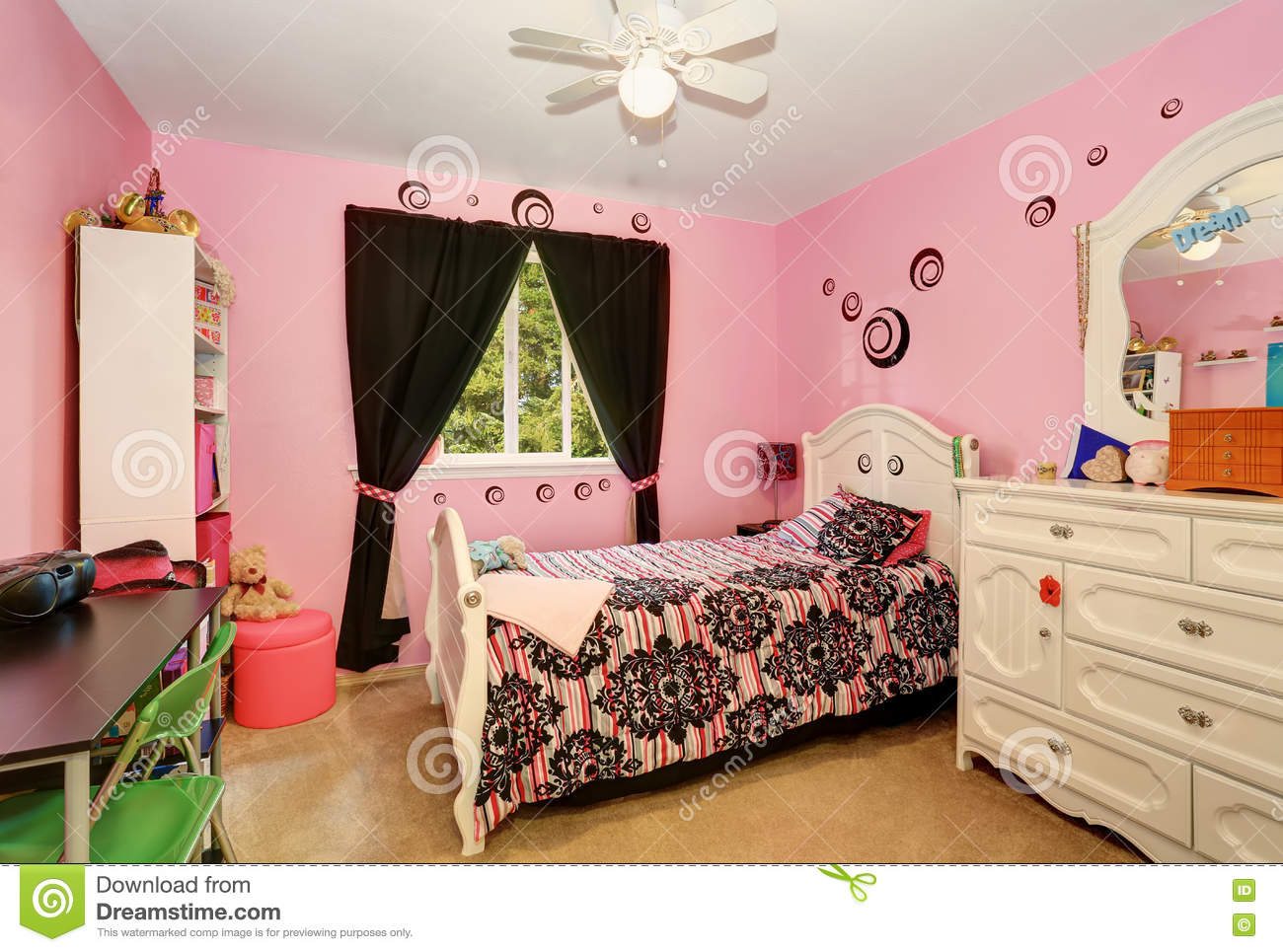 Beautiful Girls Room In Bright Pink Color With Carved Wood ...