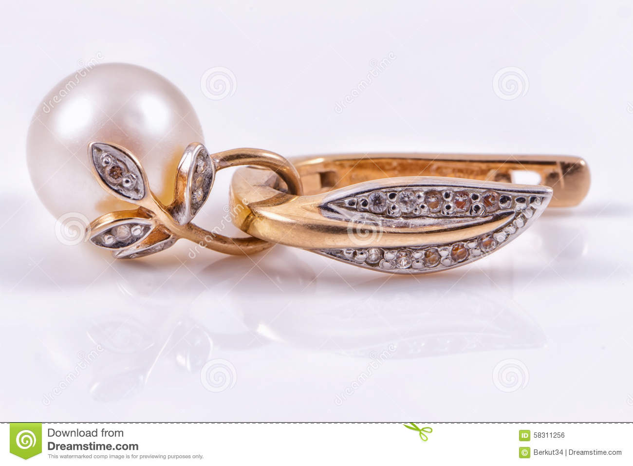 Beautiful Gold Earring With Pearl Stock Photo - Image of metal ...
