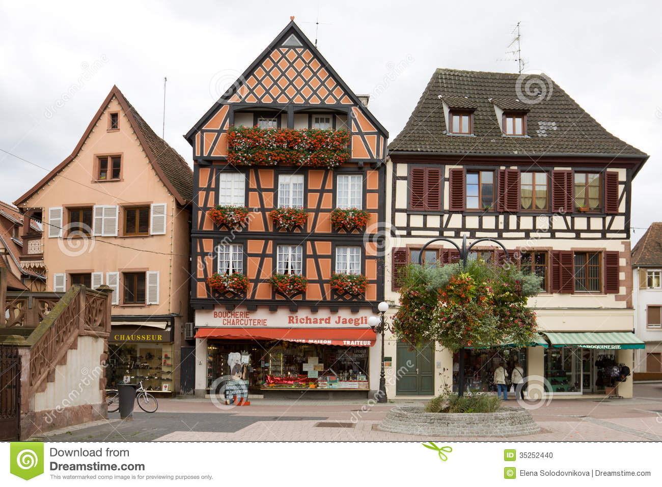 The beautiful half timbered houses in selestat editorial for Half timbered house plans