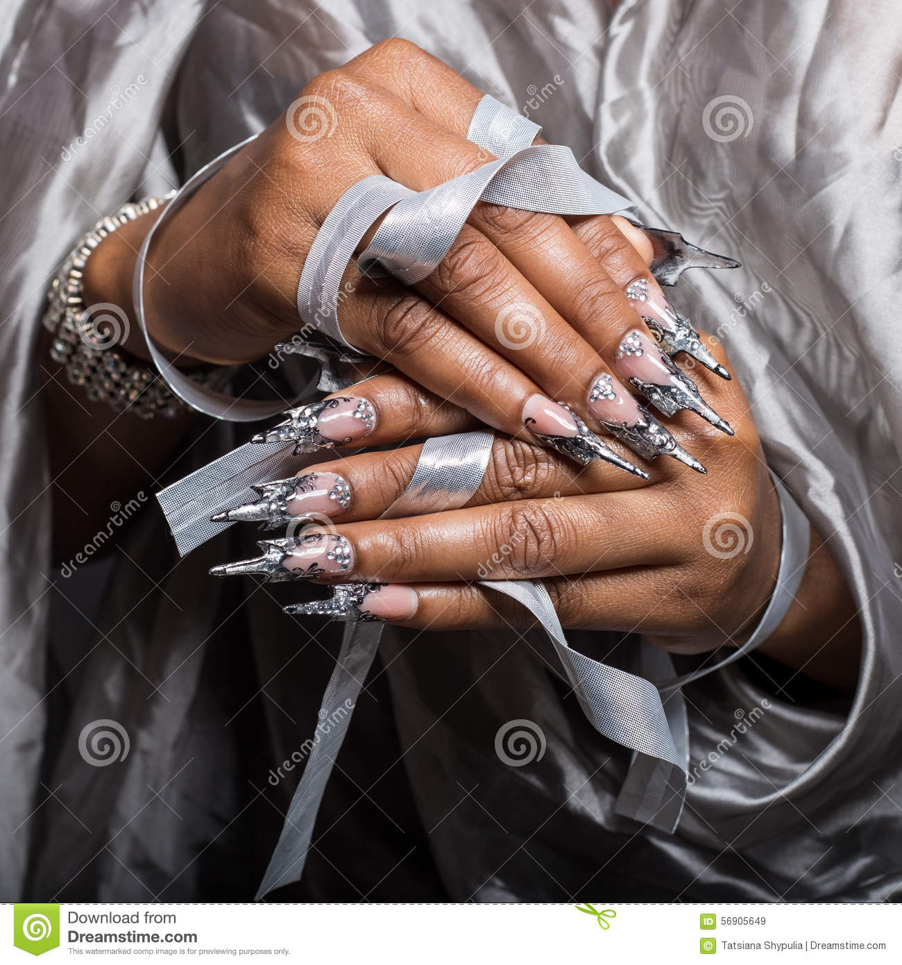 Beautiful Hand Of The Girl With Dark Skin Graft Of Acrylic Nails ...