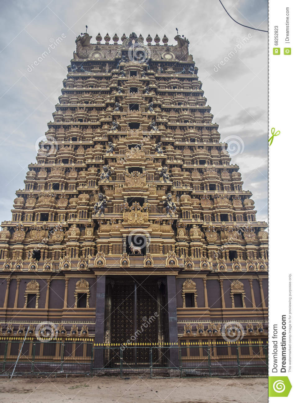 Beautiful pictures of gods and their temple - Architecture Chola Goddesses Gods