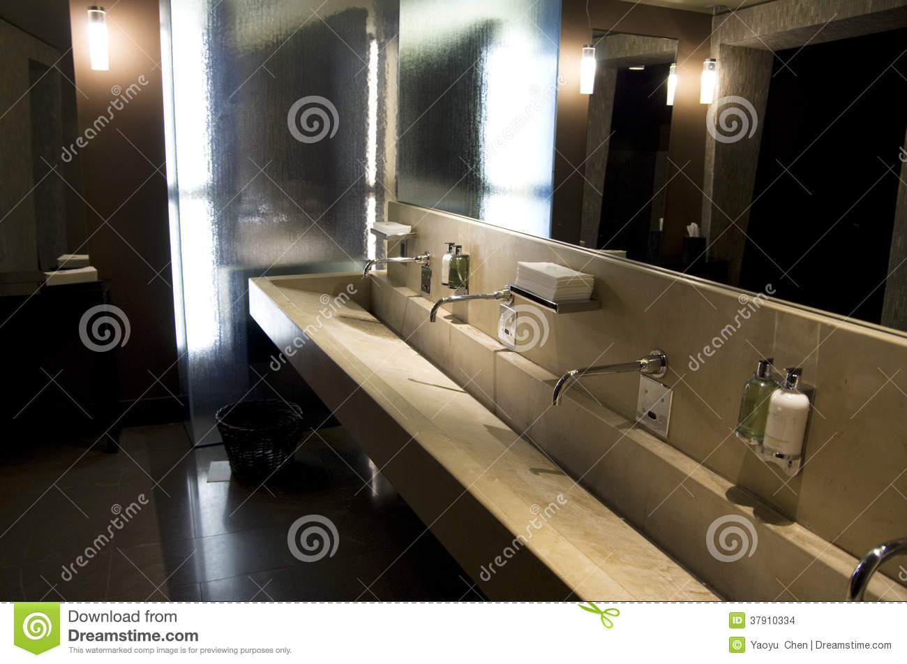 Beautiful Hotel Bathroom Interiors