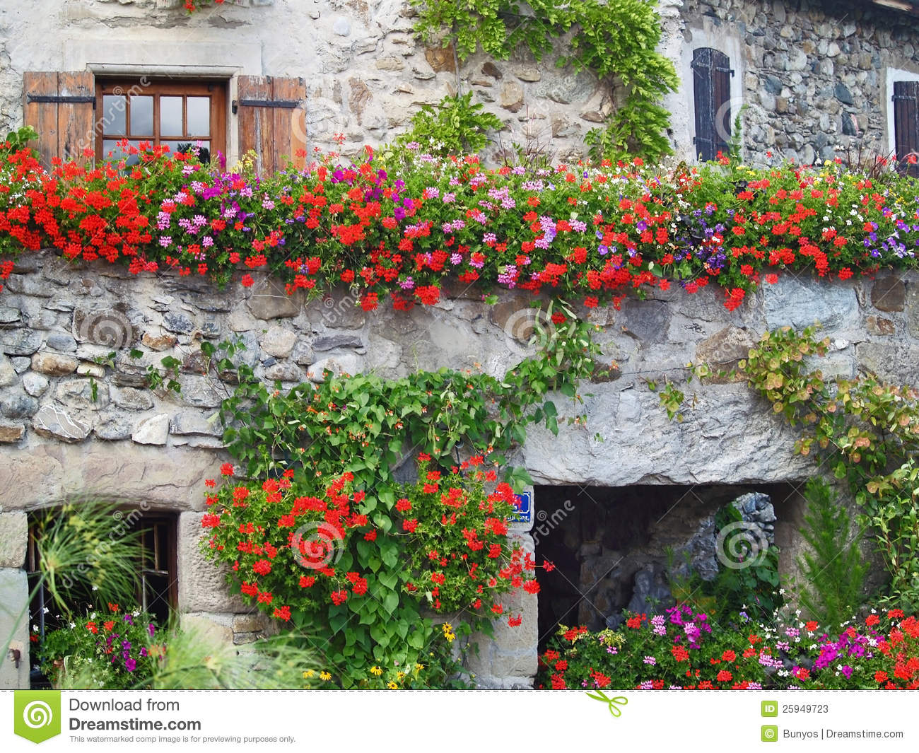 Beautiful House With Flowers In Yvoire France Stock Image