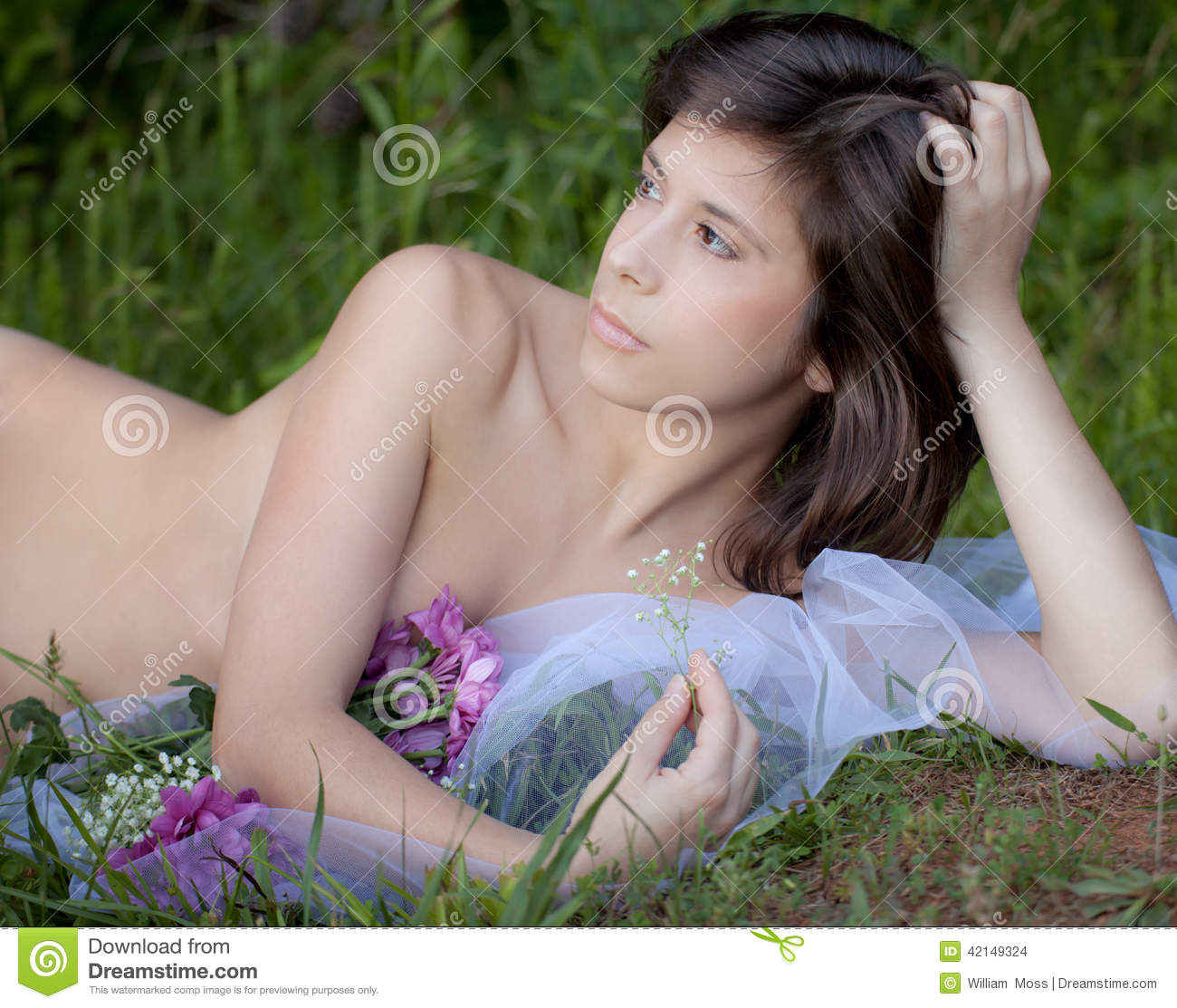 Exclusively Nude female flower spending