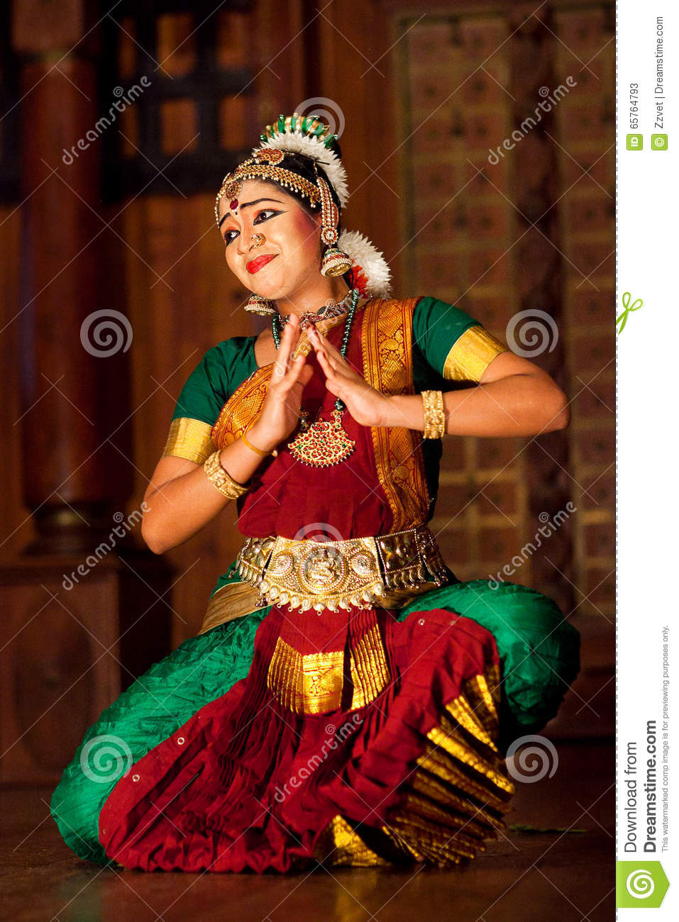 Beautiful indian dancer in dance bar