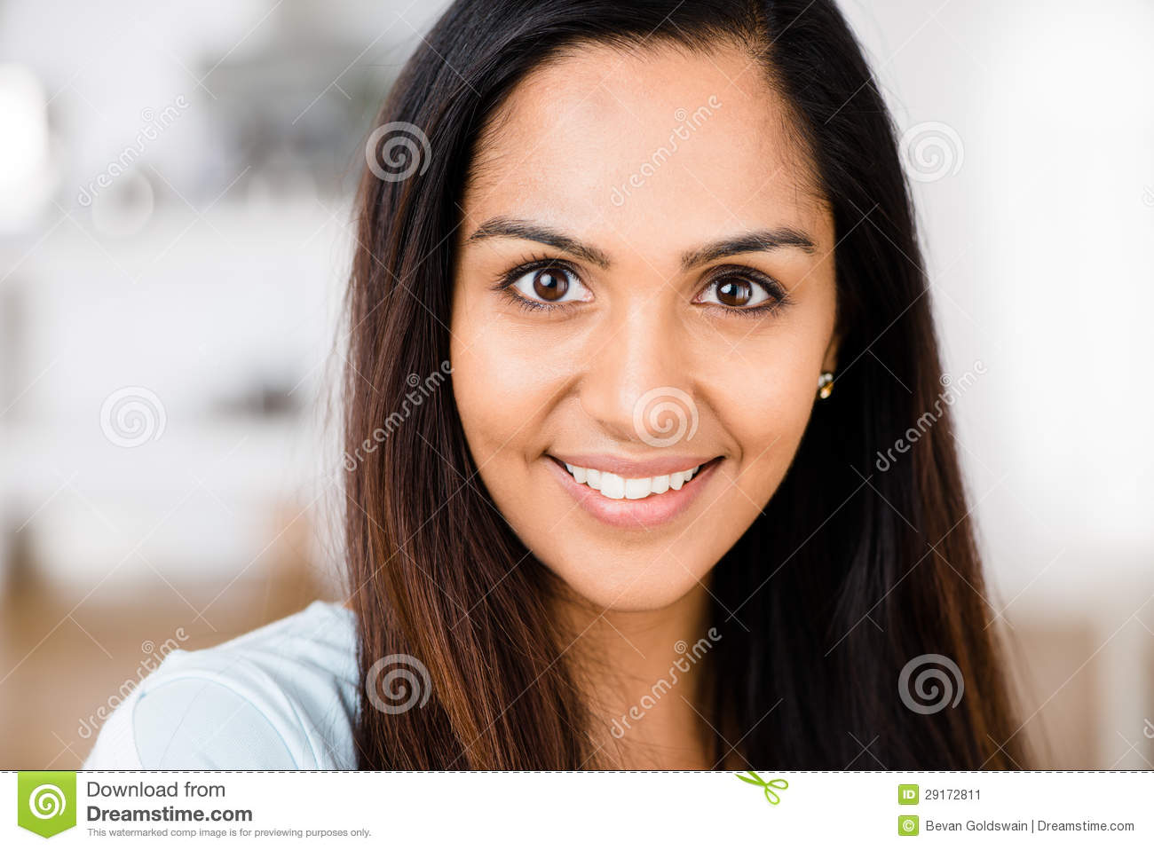 hindu single women in happy Life after divorce for women in india is you are single but not ready to mingle and are flummoxed by the kind of we were pretending to be happy as women.