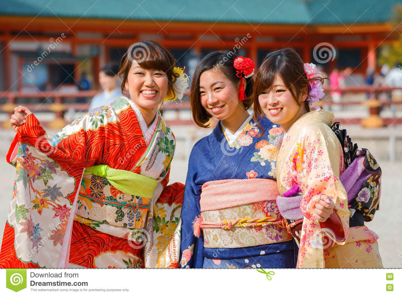 why are japanese women so beautiful