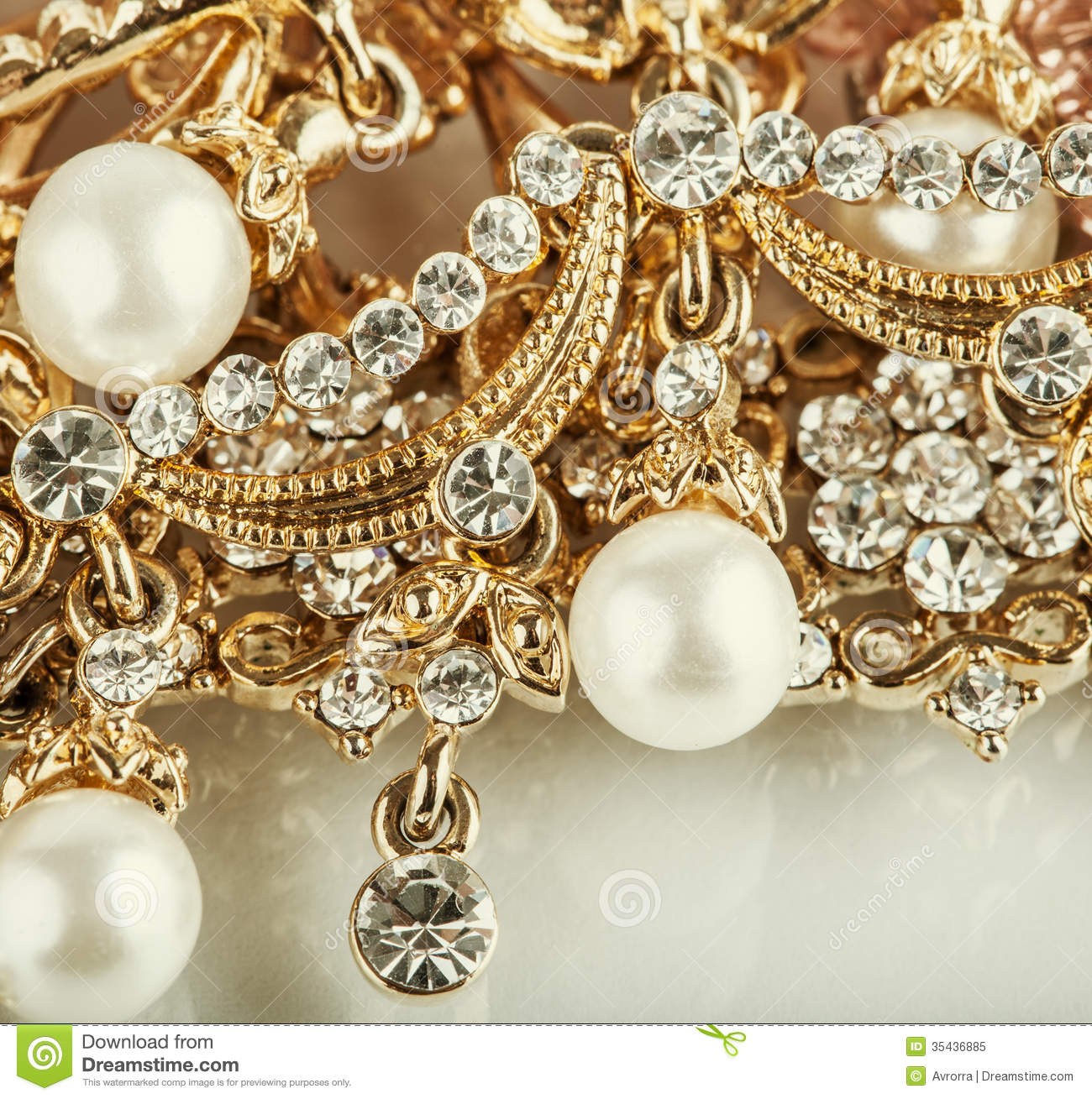 Beautiful Jewelry Background With Gold And Pearls Stock Image
