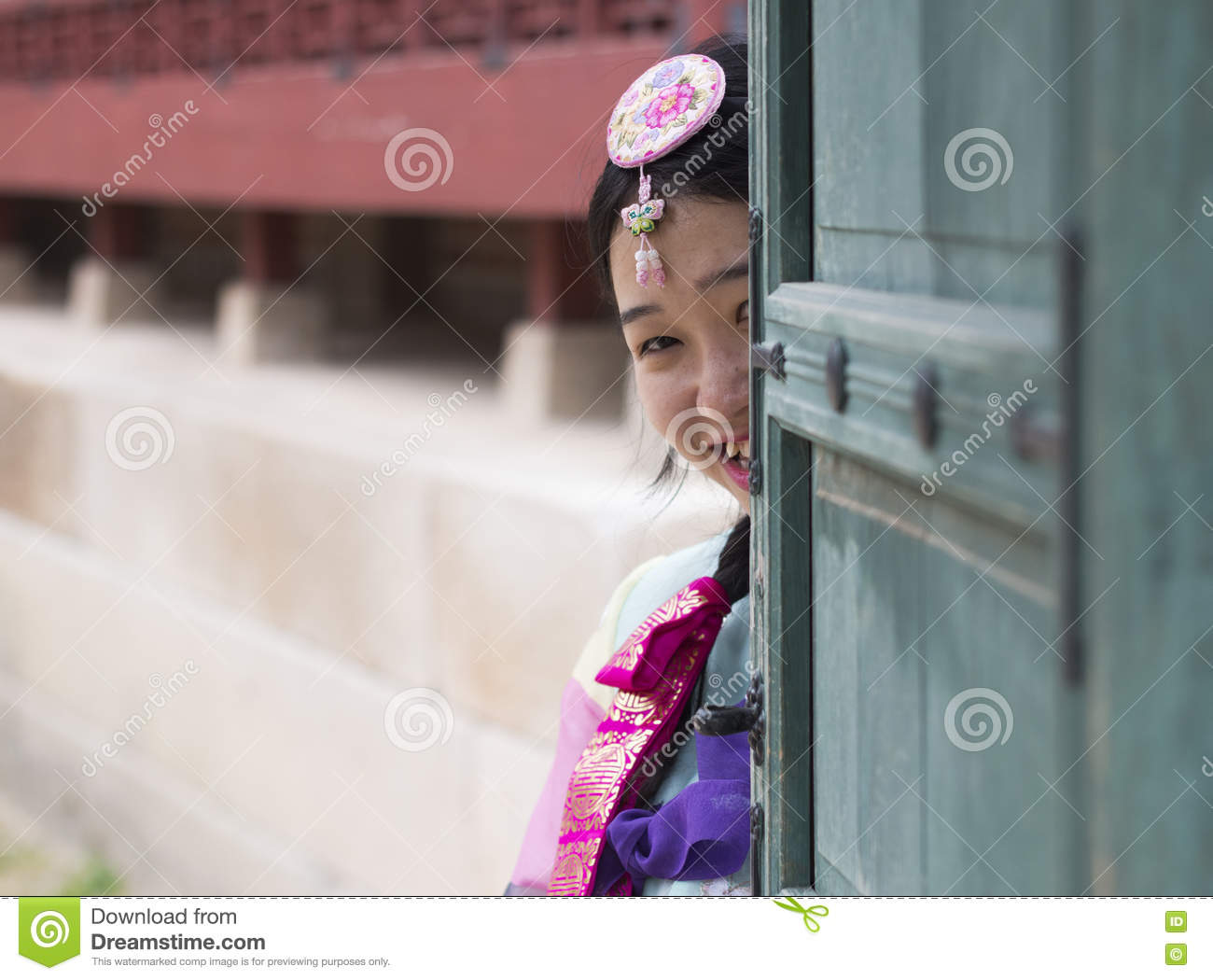 Beautiful Korean Girl In Traditional Hanbok Dresses Editorial Photo Image Of Introduction Clothes 78186006
