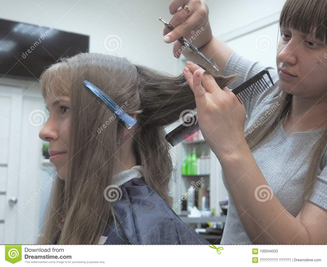 In which hairdressing salon in St. Petersburg you can make a stylish haircut 65