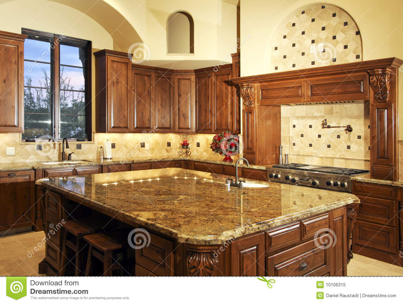 Beautiful large modern home kitchen royalty free stock for Cocinas integrales de madera