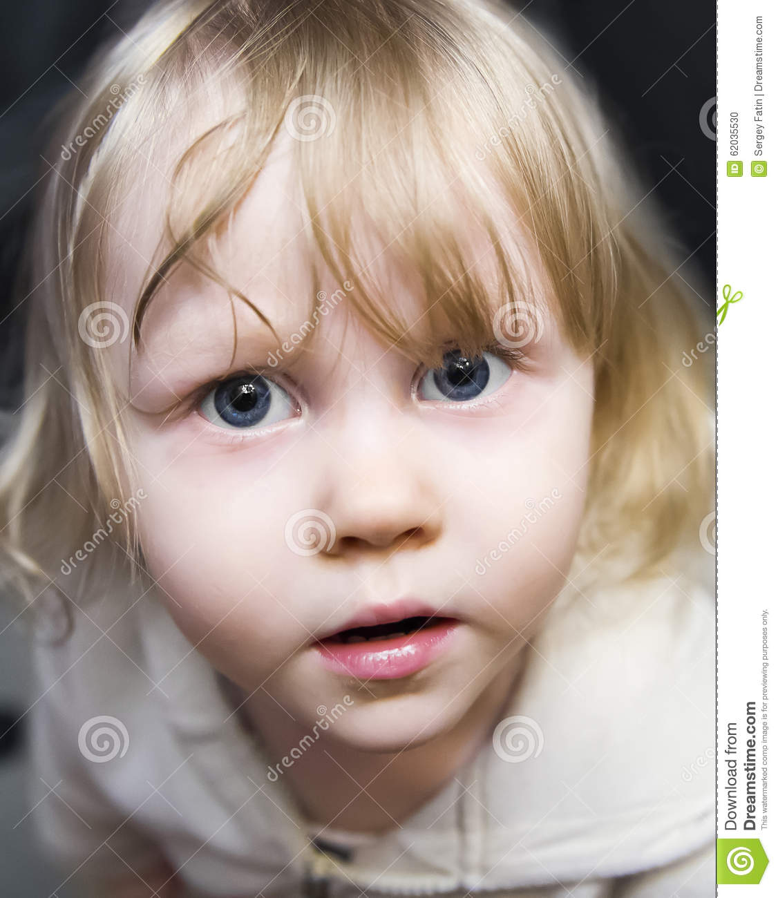 Beautiful Little Girl Bedrooms: Beautiful Little Girl The Blonde With Huge Blue Eyes