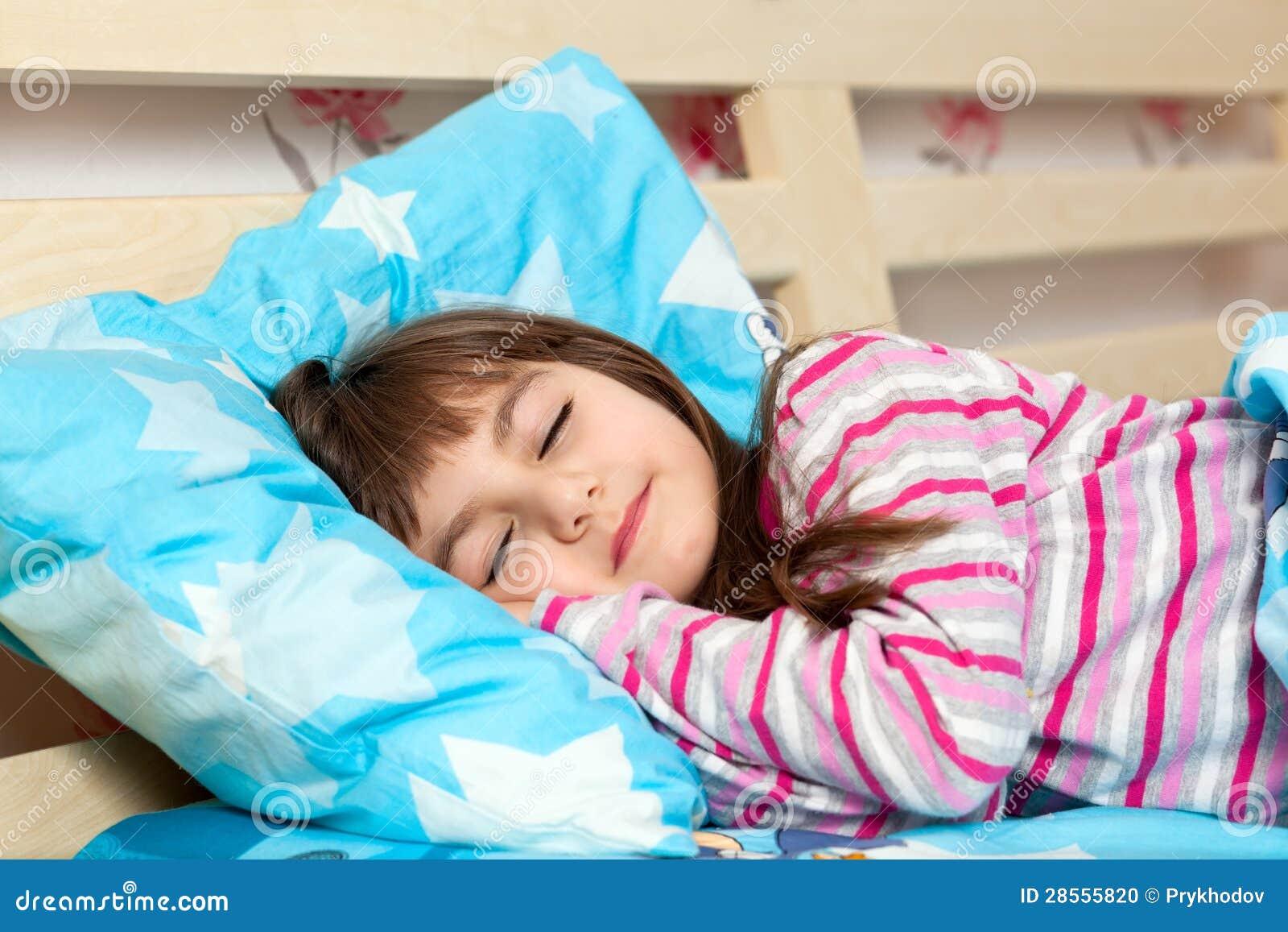 начинку отселение малыша в свою кровать дороге отеля южного