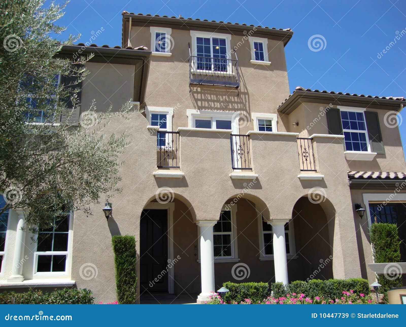 Beautiful luxury home royalty free stock images image for Free luxury home images