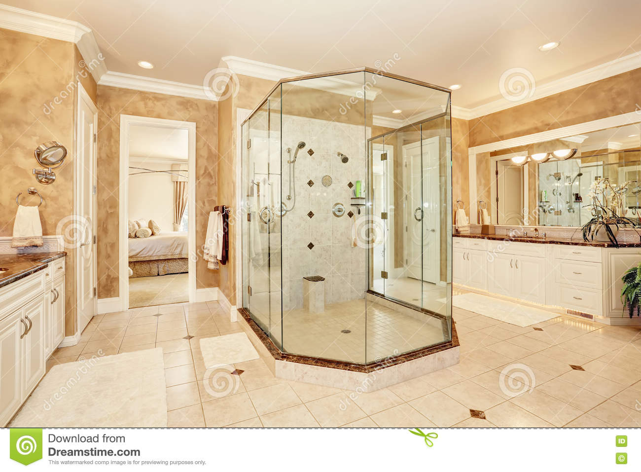 Beautiful luxury marble bathroom interior in beige color for Beautiful beige paint colors