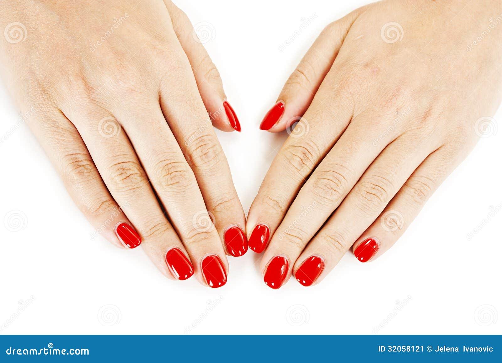 Красные ногти на руках