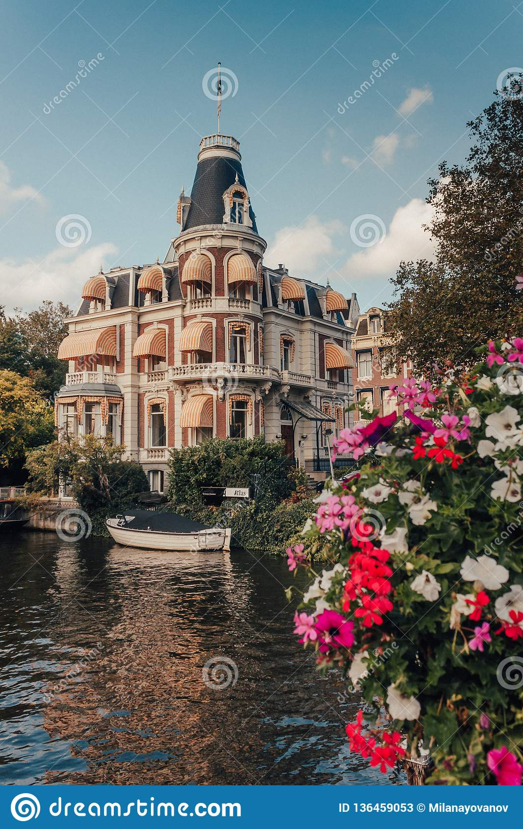 Beautiful Mansion on the Amsterdam Canal