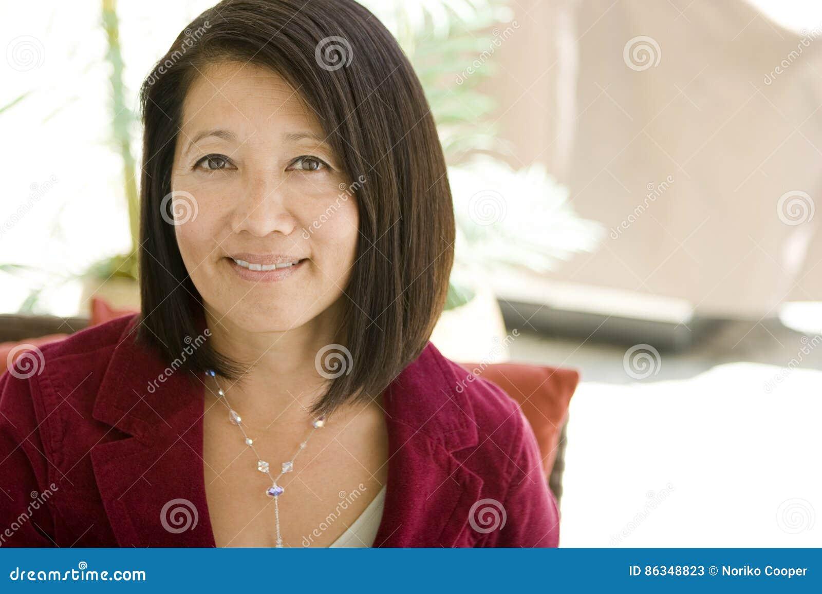 Asian beautiful free mature picture woman