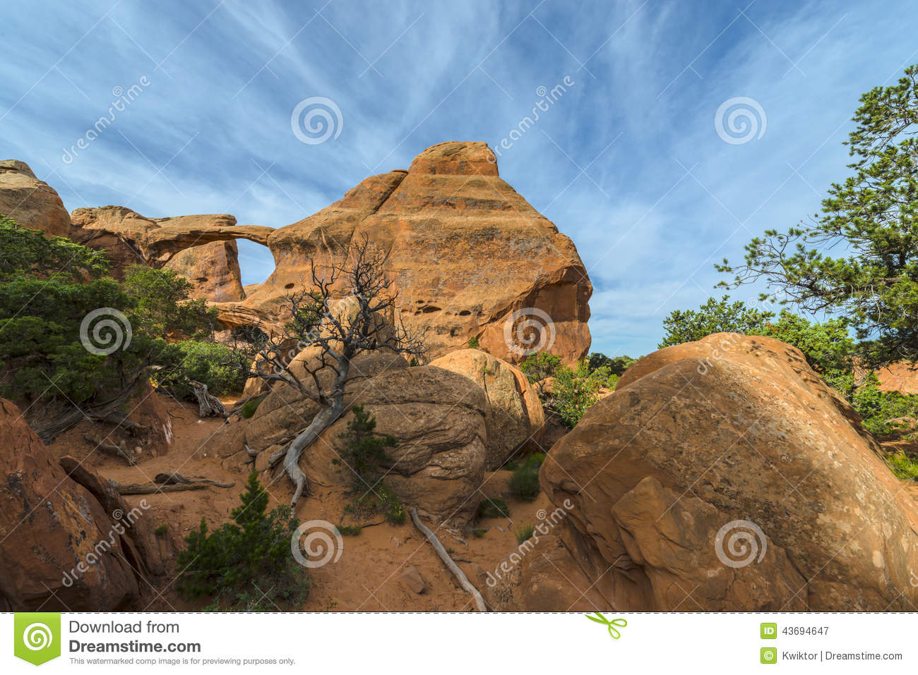 Beautiful Morning Sky Over Double O Arch Stock Image ...