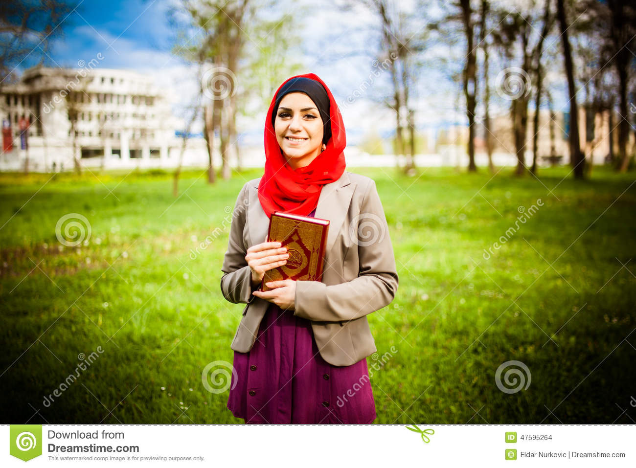 muslim womens hijab essay Informative speech on hijab this essay informative speech on hijab and other 63,000+ term papers, college essay examples and free essays are available now on reviewessayscom hijab is the modest covering of the head and body of muslim women c.