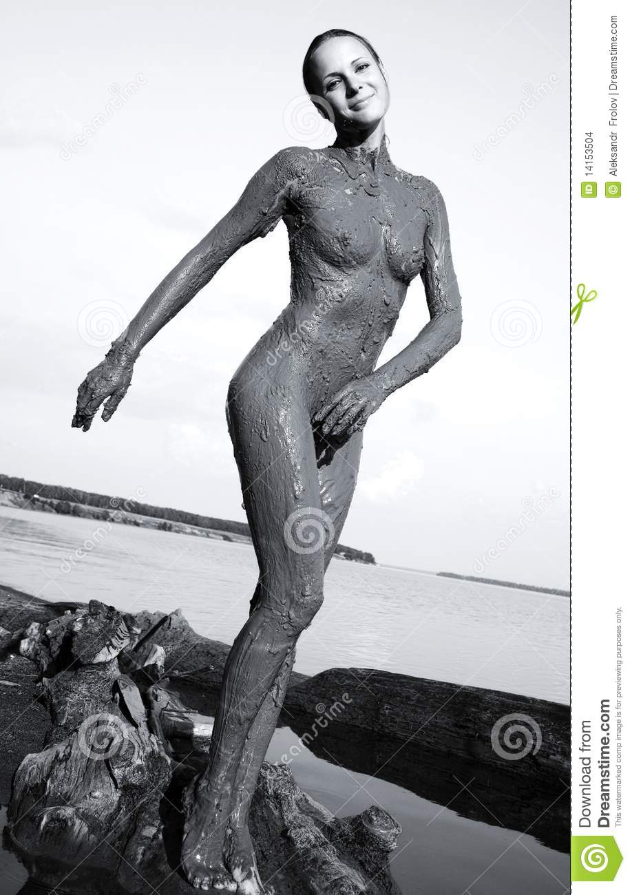 Fill Naked girl in mud