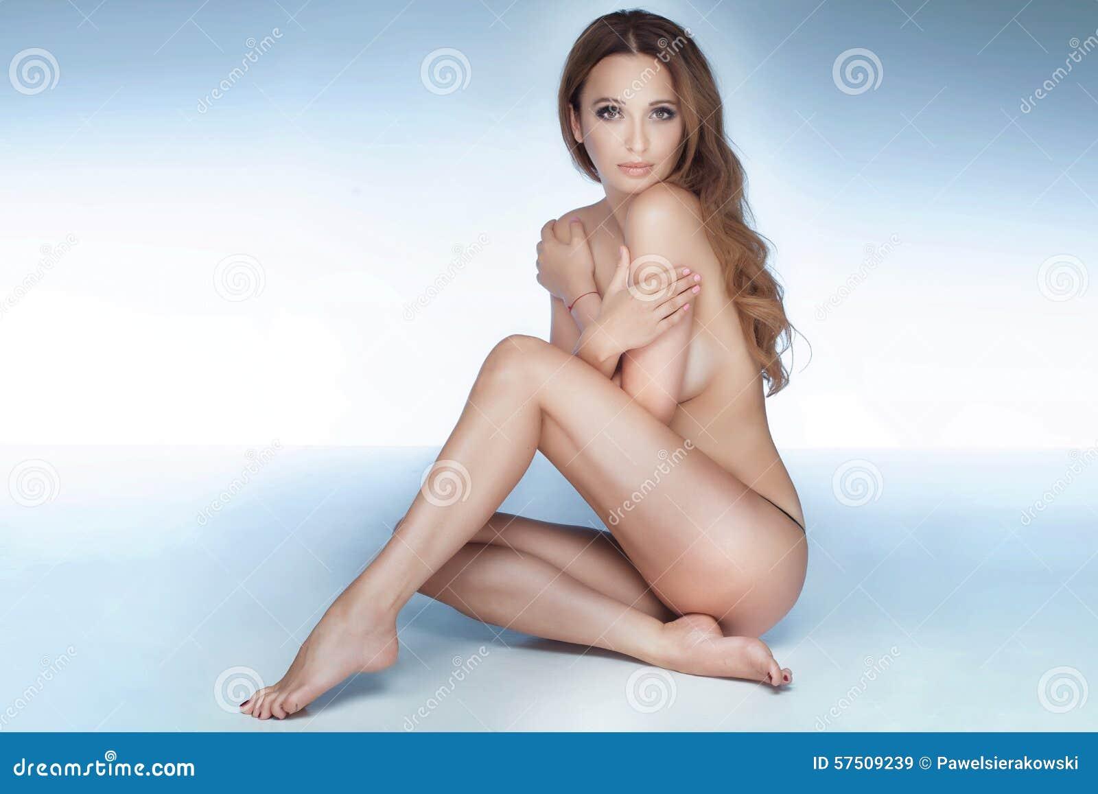 kerry and cassandra nude