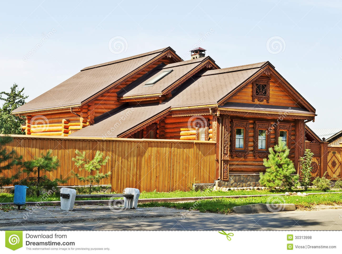 Beautiful wooden house royalty free stock photos image 30313998 Homes with lots of beautiful natural wood