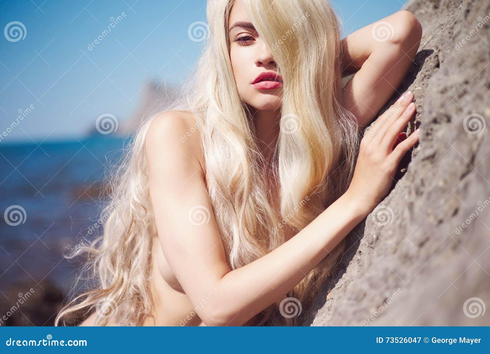 Hot asian girl nud