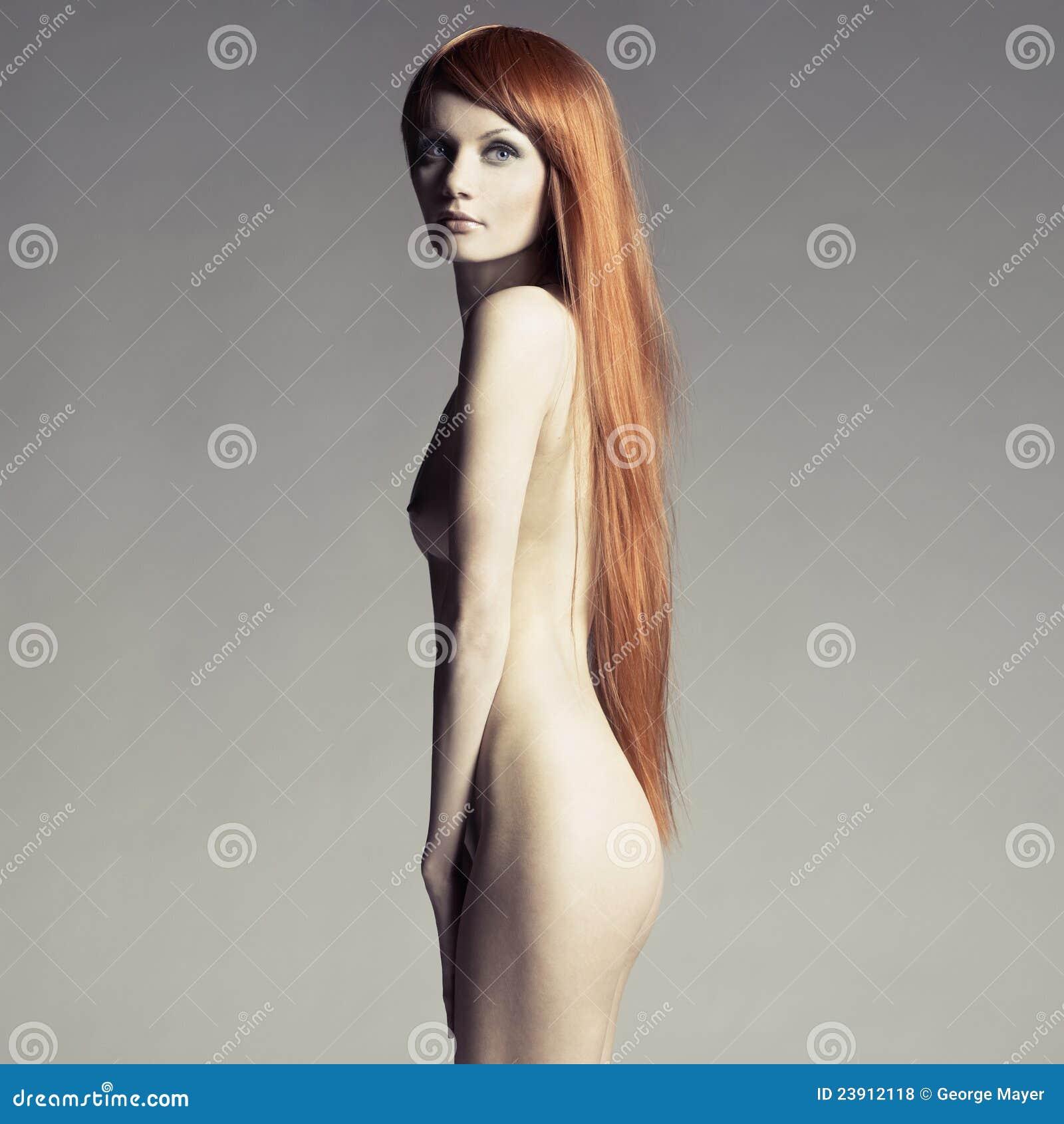 Фото красивых голых девушек с длинными волосами 25 фотография
