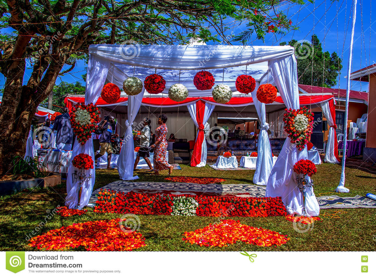 Beautiful Out Door Wedding Decoration All Floral African Weddings