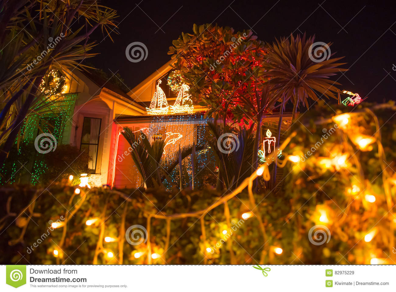 Beautiful Outdoor Christmas Lights Display House Decocation Editorial Stock Image Image Of Evening House 82975229